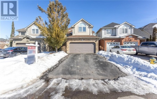 17 CAMM Crescent, Guelph, Ontario N1L1J9, 3 Bedrooms Bedrooms, ,3 BathroomsBathrooms,Single Family,For Sale,CAMM,40070019