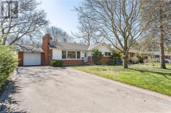 135 MARY Street, Guelph, Ontario N1G2B4, 5 Bedrooms Bedrooms, ,2 BathroomsBathrooms,Single Family,For Sale,MARY,40097076