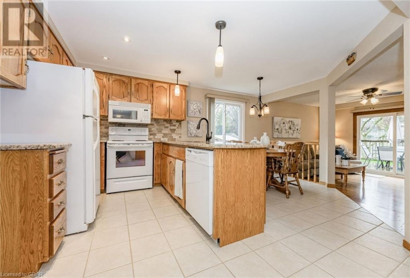 14 HOLLYBERRY Place, Guelph, Ontario N1K1P2, 3 Bedrooms Bedrooms, ,4 BathroomsBathrooms,Single Family,For Sale,HOLLYBERRY,40106101