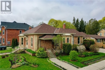 62 FOURTH Street, Collingwood, Ontario L9Y1R4, 4 Bedrooms Bedrooms, ,3 BathroomsBathrooms,Single Family,For Sale,FOURTH,40106976