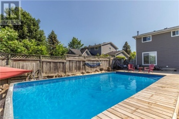 26 PONDVIEW Crescent, Guelph, Ontario N1E3K2, 4 Bedrooms Bedrooms, ,3 BathroomsBathrooms,Single Family,For Sale,PONDVIEW,40127959