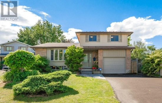 7 HOLLYBERRY Place, Guelph, Ontario N1K1P2, 4 Bedrooms Bedrooms, ,4 BathroomsBathrooms,Single Family,For Sale,HOLLYBERRY,40128508