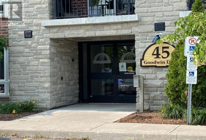45 GOODWIN Drive, Guelph, Ontario N1L0E9, 2 Bedrooms Bedrooms, ,1 BathroomBathrooms,Single Family,For Sale,GOODWIN,40143625