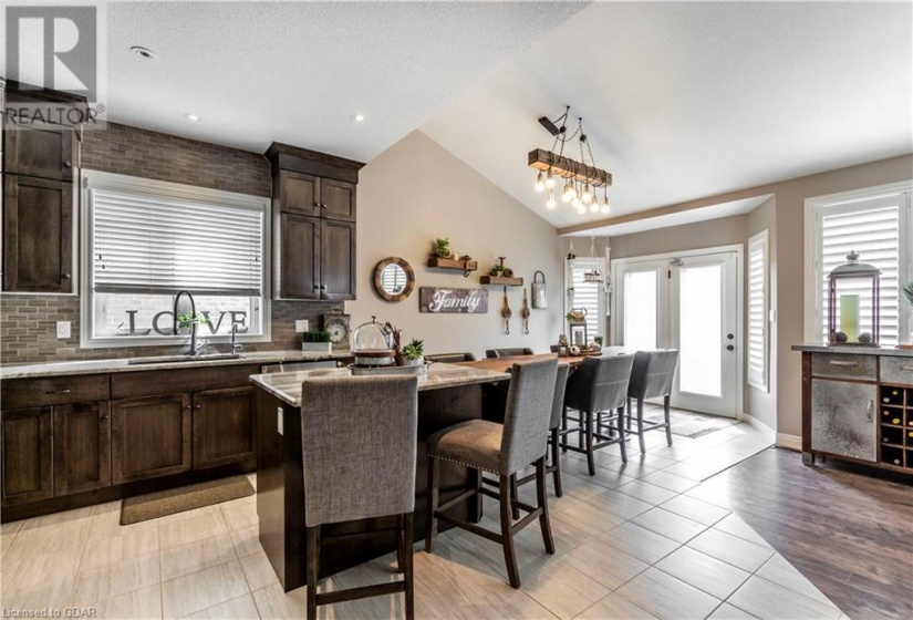 97 MARSHALL Drive, Guelph, Ontario N1E0K8, 6 Bedrooms Bedrooms, ,4 BathroomsBathrooms,Single Family,For Sale,MARSHALL,40158525