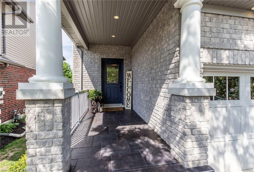 28 RAY Crescent, Guelph, Ontario N1L0B6, 5 Bedrooms Bedrooms, ,4 BathroomsBathrooms,Single Family,For Sale,RAY,40162533