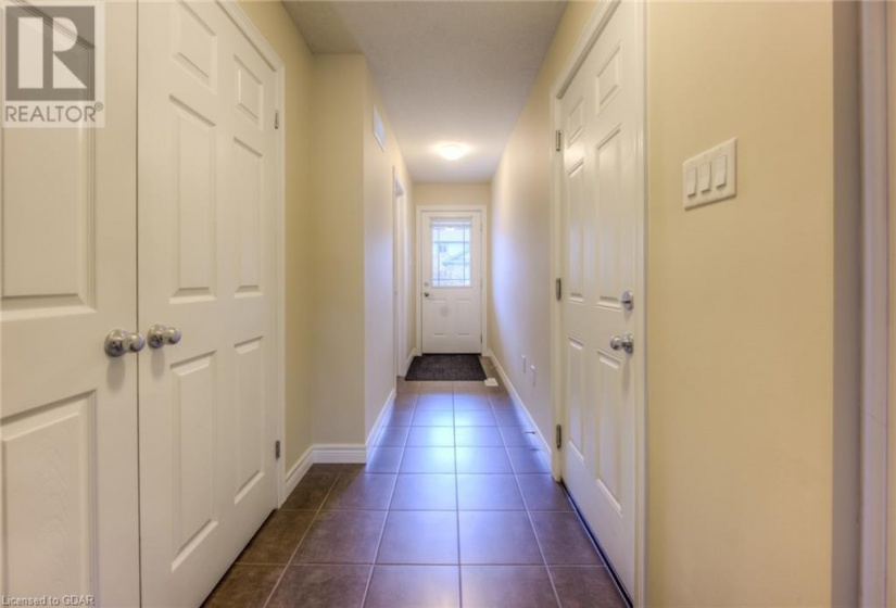14 AMOS Drive, Guelph, Ontario N1L0M2, 3 Bedrooms Bedrooms, ,3 BathroomsBathrooms,Single Family,For Sale,AMOS,40163053