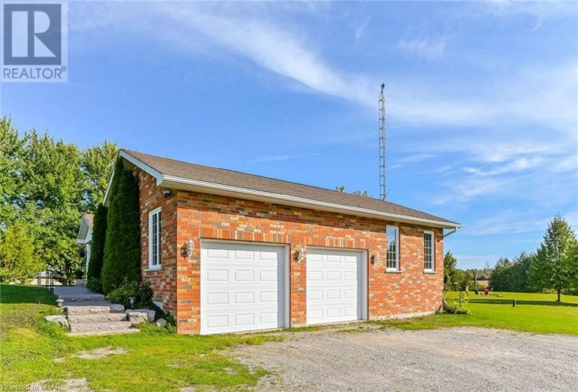 34675 SIDEROAD 21-22, East Luther-Grand Valley, Ontario L0N1G0, 3 Bedrooms Bedrooms, ,2 BathroomsBathrooms,Single Family,For Sale,SIDEROAD 21-22,40172284
