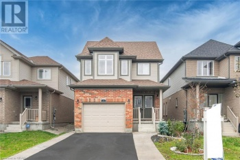 19 GOLDENVIEW Drive, Guelph, Ontario N1E0E7, 4 Bedrooms Bedrooms, ,3 BathroomsBathrooms,Single Family,For Sale,GOLDENVIEW,40040102
